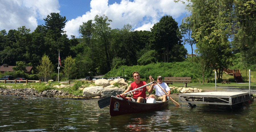 Saratoga-Lake-Waterfront-Park-Canoers